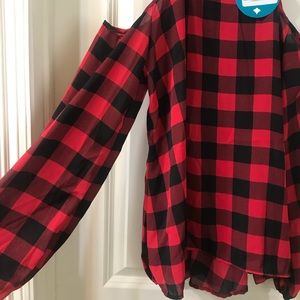 Buffalo plaid Cold shoulder shirt